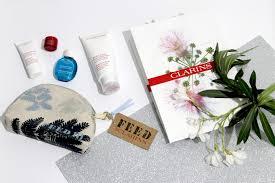 si e clarins trousse clarins feed10 edizione limitata influencer e fashion