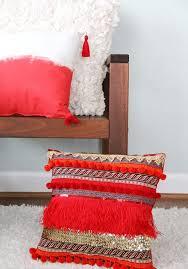 coussins orange les 25 meilleures idées de la catégorie coussins de canapé rouges