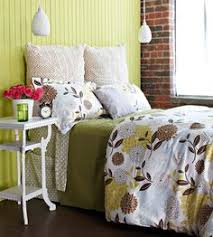 Faux Headboard Ideas by Cheap And Chic Diy Headboard Ideas Stenciling Wrought Iron