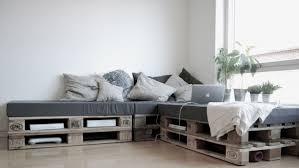 palette canapé canapé facile à construire avec seulement 6 palettesmeuble en