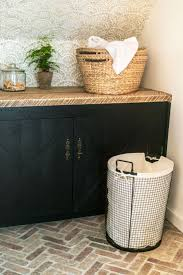 Laundry Room Basket Storage by 189 Best Laundry Room Images On Pinterest Mud Rooms The Laundry
