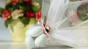 what to give as a thank you gift what shall we give as a thank you gift at our wedding