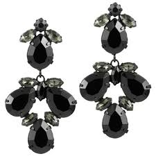 black chandelier earrings things to keep in mind when it comes to chandelier earrings pink