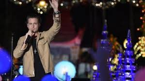 Good Morning America New Years Eve Decorations by 5 Seconds Of Summer Onerepublic Booked For