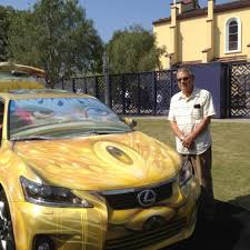 lexus ct200 yellow artist represents lexus u0027 moving expressions ct200h at self help