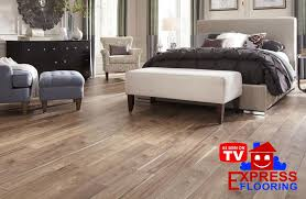 Vinyl Plank Flooring Pros And Cons Lay Vinyl Plank Flooring Pros And Cons Updated Express
