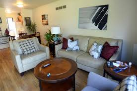 2 Bedroom Apartments Ann Arbor Family Makes A Home In University Of Michigan U0027s Northwood Apartments