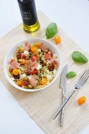 cuisine tv recettes italiennes recette de salade de pâte à l italienne la recette facile