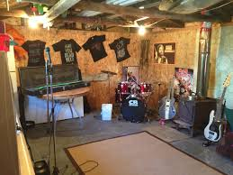 turned my dad u0027s old cluttered fishing shed into a band room imgur