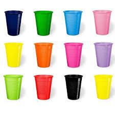 piatti e bicchieri di plastica colorati piatti festa colorati di plastica resistente usa e getta da tavola