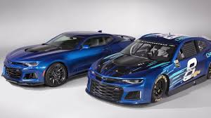 camaro zt1 chevrolet unveils 2018 camaro race car for energy series