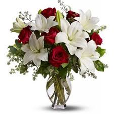 roses and lilies exquisite flower bouquet with roses white lilies and