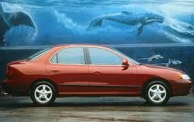 2000 hyundai elantra used 2000 hyundai elantra sedan pricing for sale edmunds