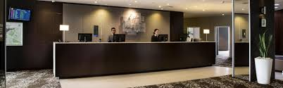 Second Hand Office Furniture Port Melbourne Holiday Inn Melbourne Airport Hotel By Ihg
