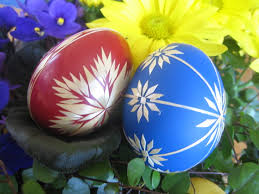 easter eggs wallpapers red and blue easter eggs wallpaper hd wallpapers