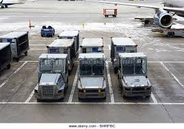 united airlines carry on fee baggage carts stock photos u0026 baggage carts stock images alamy