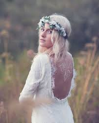 vintage bride wedding dress with crown flower perfect for