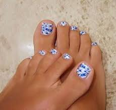 pedicure on a budget 10 tips and tricks daisy nails pedicures