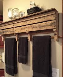 bathroom towel rack decorating ideas prateleira rústica para banheiro móveis paletes