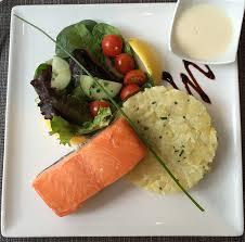 cuisine pav de saumon pour de bons produits de la mer autour du saumon tendance food