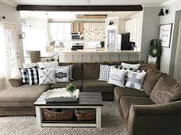 Best 25 Chesterfield Living Room Best 25 Brown Couch Pillows Ideas On Pinterest Leather Couch