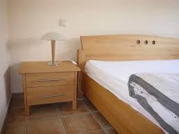 chambre à coucher chêtre chambre a coucher en bois hetre mzaol com