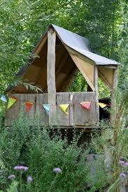 Backyard Forts For Kids 47 Best Awesome Kids Tree House And Forts Images On Pinterest