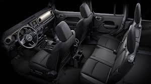 4 Door Jeep Interior All New 2018 Jeep Wrangler State Of The Interior Features