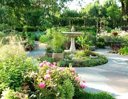 chicago circular driveway fountains landscape traditional with