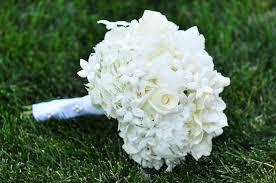 wedding flowers july white and blue 4th of july leesburg wedding susan adam
