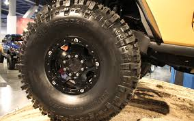 jeep beadlock wheels jeep wrangler sand trooper motor trend