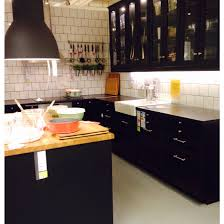 cuisine noir mat ikea laxarby snyggt ikea kitchen dreams kitchens