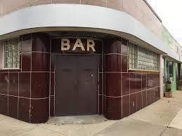 axe throwing venue will fill former local kitchen u0026 bar space in