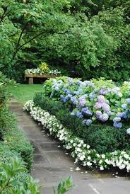 flower garden ideas designs 10 ways to create a pretty lawn by