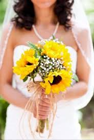 Sunflower Wedding Bouquet Real Wedding Nicole And Scott U0027s Sunny Florida Wedding Yellow