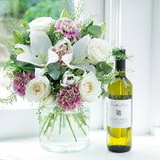 flowers wine flowers wine chagne s day blossoming gifts
