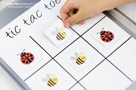 diy magnetic tic tac toe board with xyron creative station 5
