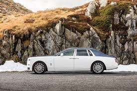 roll royce 2017 photo rolls royce 2017 phantom worldwide white cars side