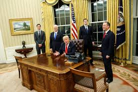 oval office wallpaper president donald trump gives oval office a sparkling makeover as
