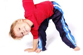 muskelschwäche bei kindern wirbelsäulentraining für kinder körperkonzept
