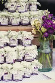 cadeaux pour invitã s mariage idée de cadeau d invité originale mariage mini pot confiture