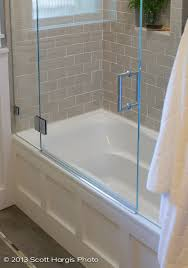 where can i find this glass door for the tub for small bath