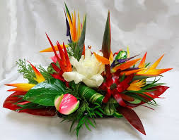 flower arrangement ideas table flower arrangements best 25 tropical floral arrangements