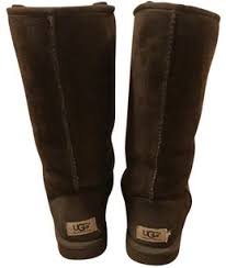 uggs bailey bow sale ugg boots bags accessories on sale up to 70 at tradesy