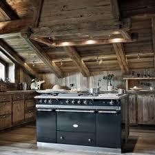 cuisine chalet moderne cuisines idées cuisine chalet bois idées cuisine focus sur la