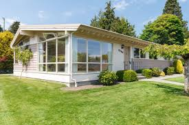 Midcentury Modern Homes - cadboro bay mid century modern homes victoria real estate