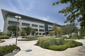apple u0027s new stunning austin campus shared in pictures iphone in