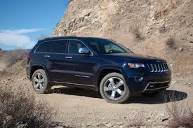 jeep grand cherokee overland video 2014 jeep grand cherokee test off road in rugged style