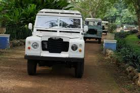 vintage range rover defender shore excursion mayan trail expedition by vintage land rover