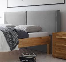 Schlafzimmer Bett Platzieren Bett Kernbuche Massiv Mit Hohem Gepolstertem Wandpaneel Barra